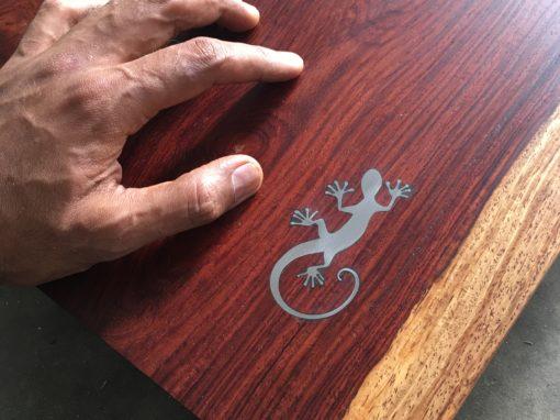 Rosewood Gecko Centrepiece